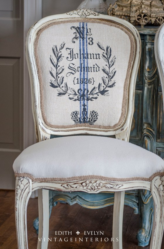 French Grain Sack Dining Chairs | Edith & Evelyn Vintage | www.edithandevelynvintage.com