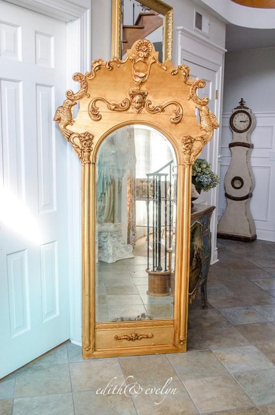 An Antique Pier Mirror | Edith & Evelyn | www.edithandevelynvintage.com
