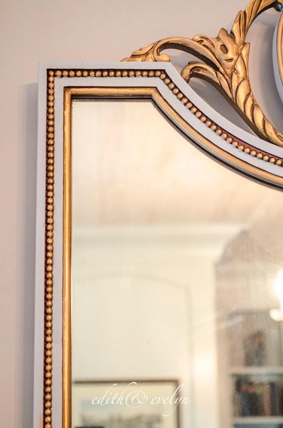 A Mirror Makeover | Edith & Evelyn | www.edithandevelynvintage.com