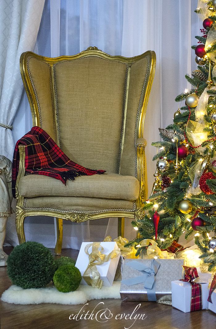 Christmas After Dark | Edith & Evelyn | www.edithandevelynvintage.com