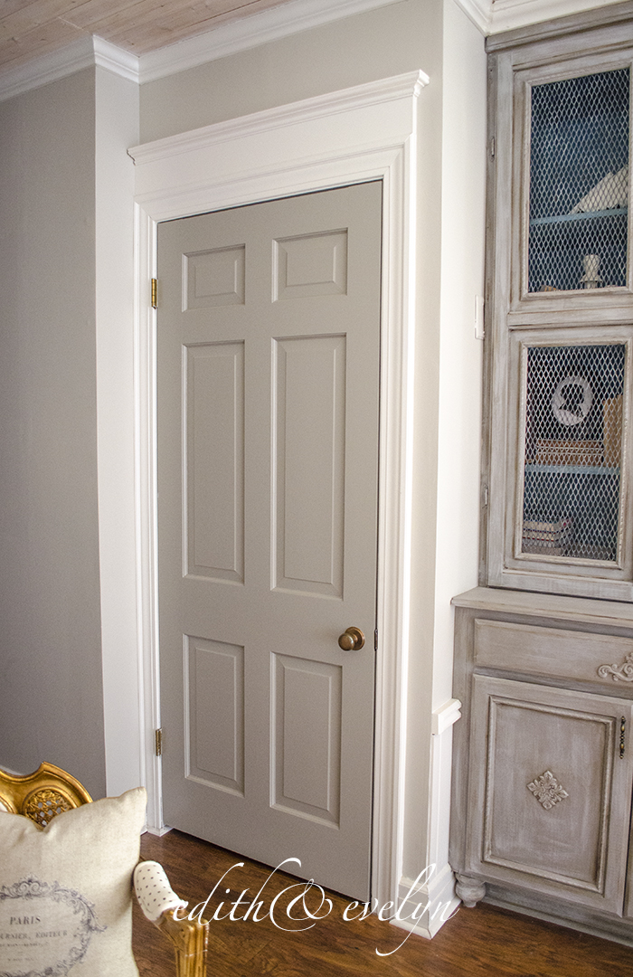 How to Add Moulding to Doors | Edith \u0026 Evelyn | .edithandevelynvintage.com & How to Add Door Mouldings for Architectural Detail | Edith \u0026 Evelyn