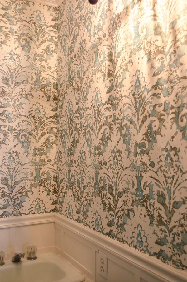 Powder Room Update | Edith & Evelyn | www.edithandevelynvintage.com