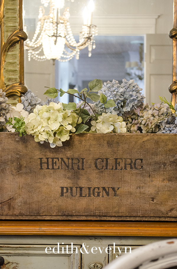 A Storied French Wine Crate | Edith & Evelyn | www.edithandevelynvintage.com