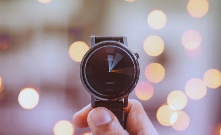 7 WAYS YOU CAN SALVAGE YOUR TIME WHEN YOU'RE STUCK