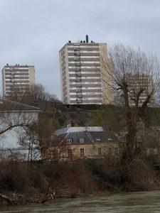 Sedan - résidences Ardennes - vue de l'autre côté de la Meuse