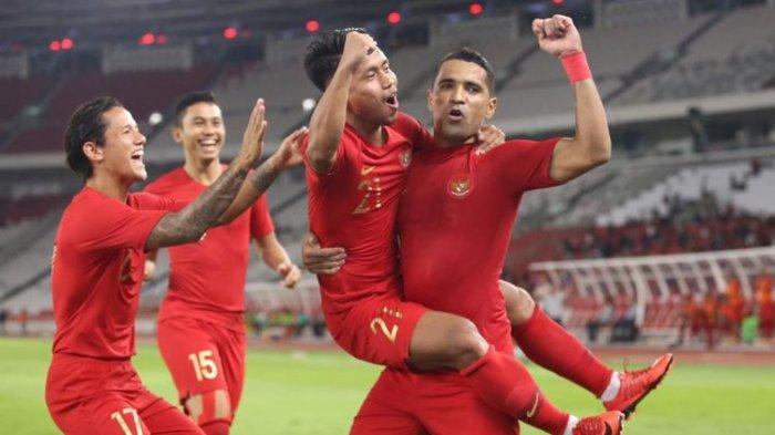 Timnas Kalah 2-3 dari Malaysia, Kiper Andritany Dibully