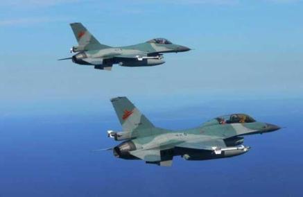 f-16,jet tempur,natuna,melesat,konflik natuna