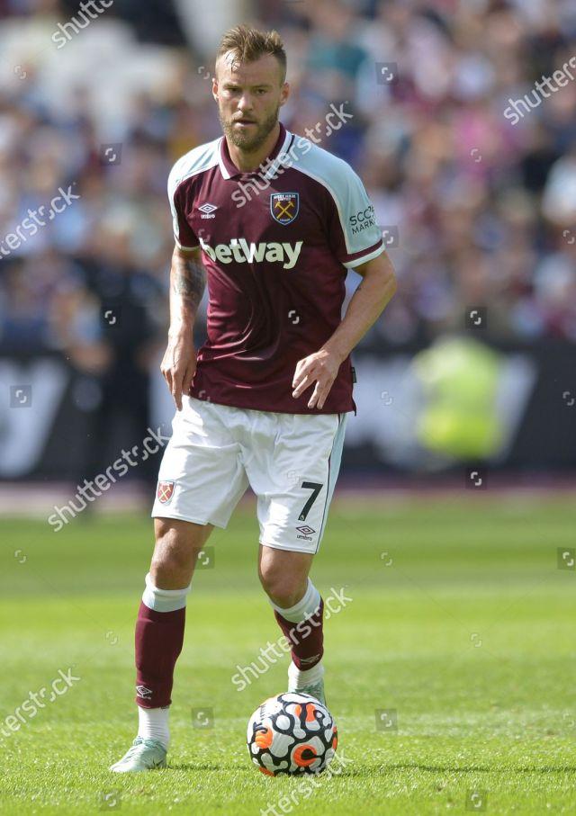 Dziennikarskie zdjęcia stockowe Andriy Yarmolenko West Ham United action - Zdjęcia stockowe ...
