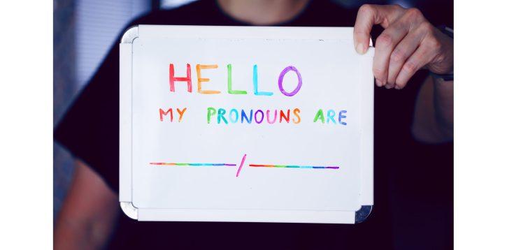 El lenguaje no binario y cómo traducirlo al español