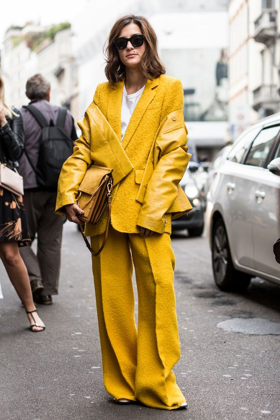 head to toe yellow stylebook edit seven toronto 2018