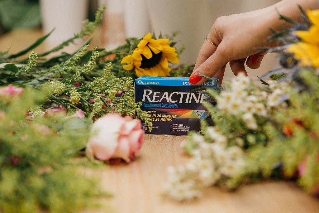 How to make a rustic bouquet even when you're allergic to flowers - Edit Seven x Reactine