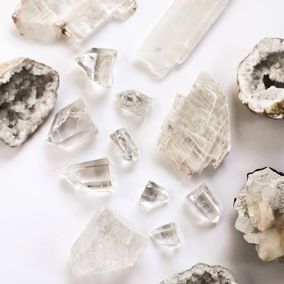 clear quartz meaning - edit seven