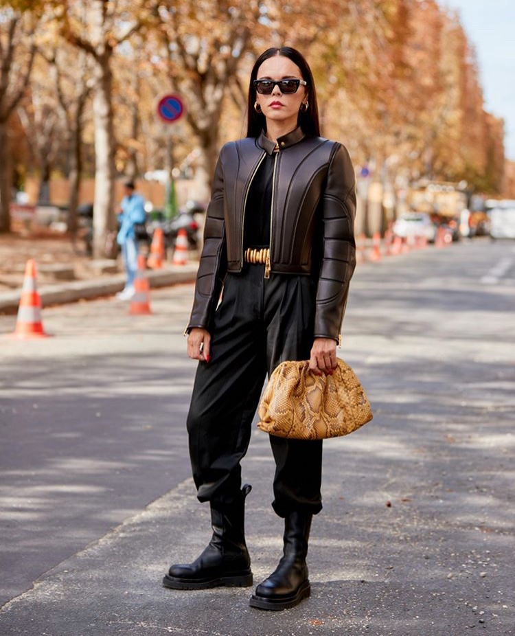 Evangelie Smyrniotaki editseven stylebook black boots