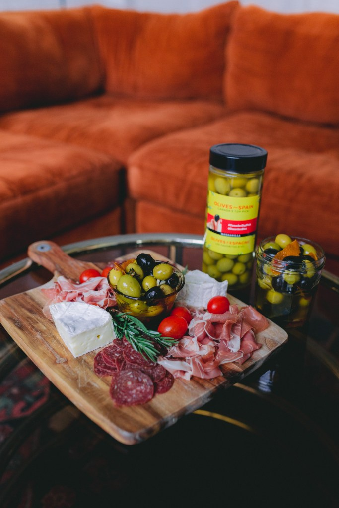 DIY holiday gift ideas - marinated olives recipe - olives from spain