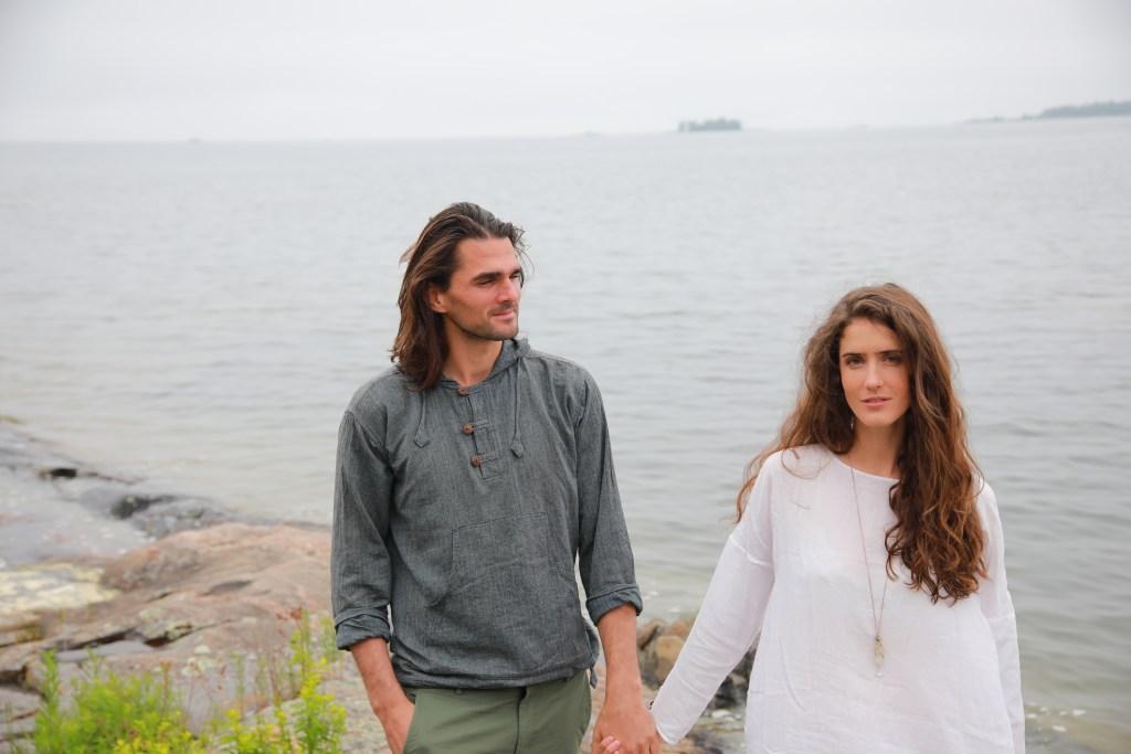 Amanda Laine with husband Harrison Taylor