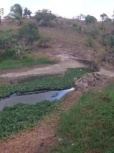 Trecho do rio jacuípe que estaria seco em função do uso descontrolado da água para irrigação