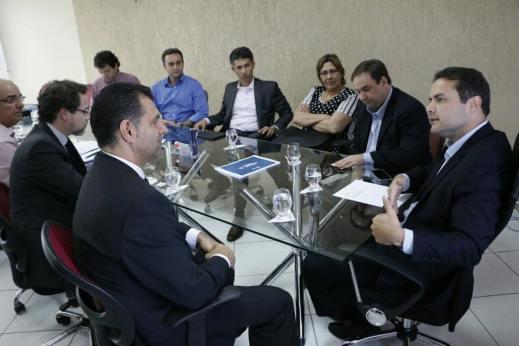 Renan Filho se reúne com empresários da Califórnia, EUA