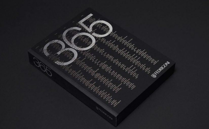 Un libro/calendario con una grafica al giorno tutte in bianco e nero prodotto da Fedrigoni