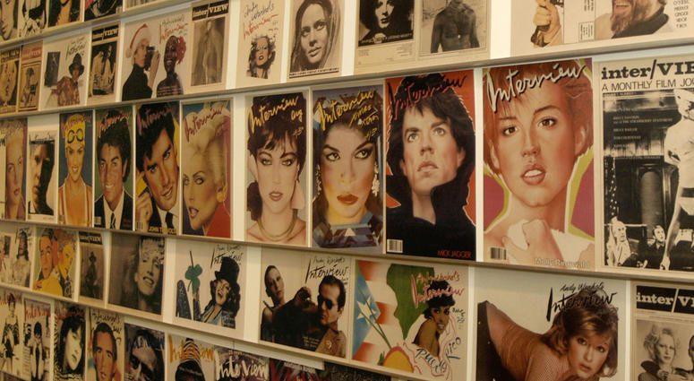 """""""Interview"""" lo storico magazine fondato e curato per anni da Andy Warhol ha chiuso"""