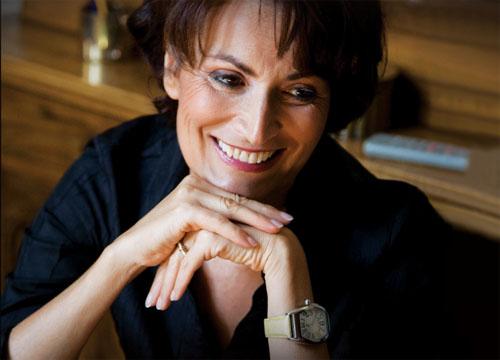Fiori e bollicine con Barbara Ronchi della Rocca a Limone Piemonte