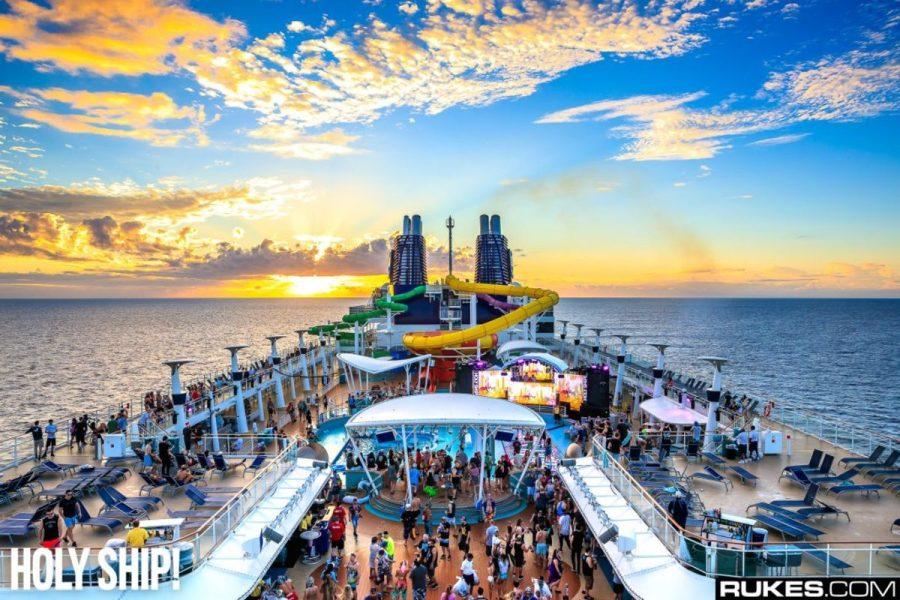 A photo from cruise ship festival Holy Ship! courtesy of EDM event photographer Rukes.