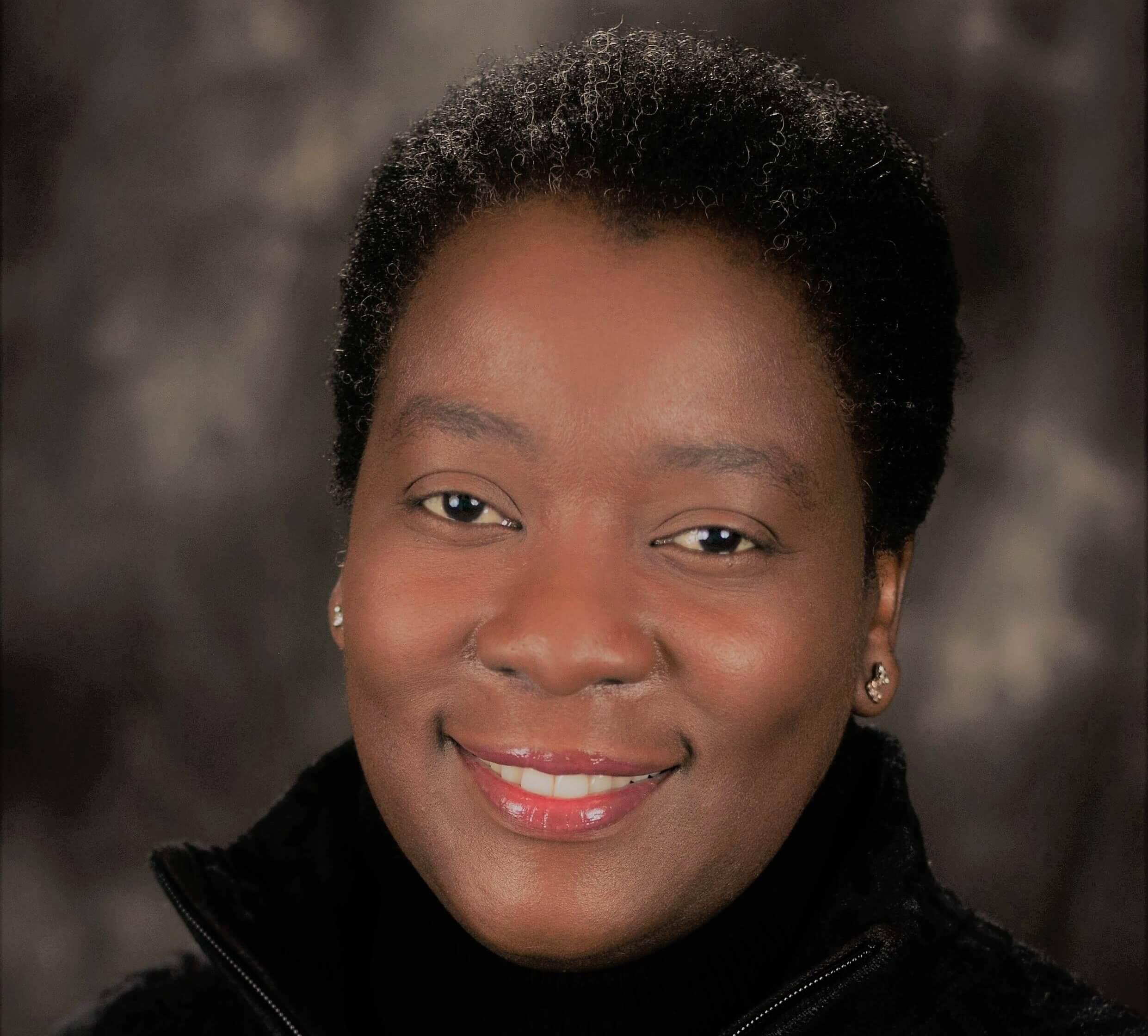 Lois Mufuka Martin