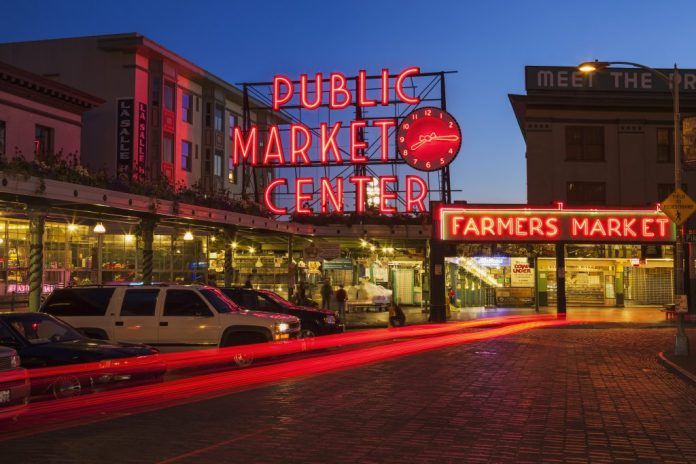 Pike Place Market Resolution 2017