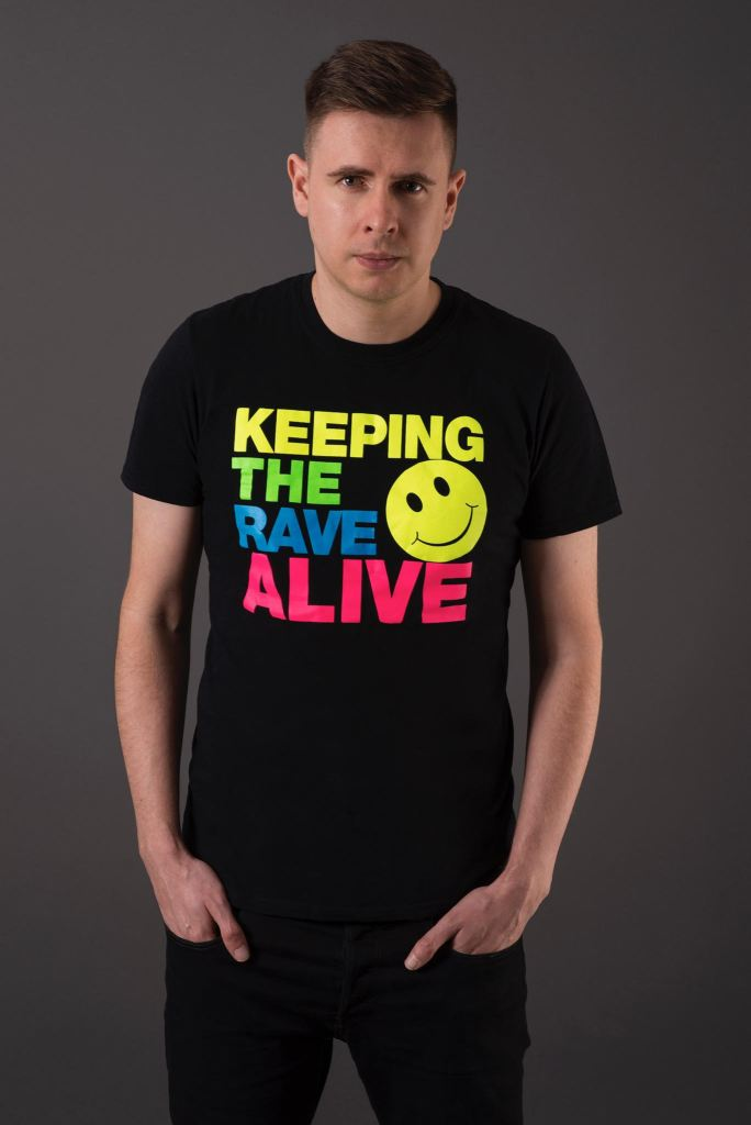 Kutski Talks Keeping The Rave Alive, New Music, & More | EDM