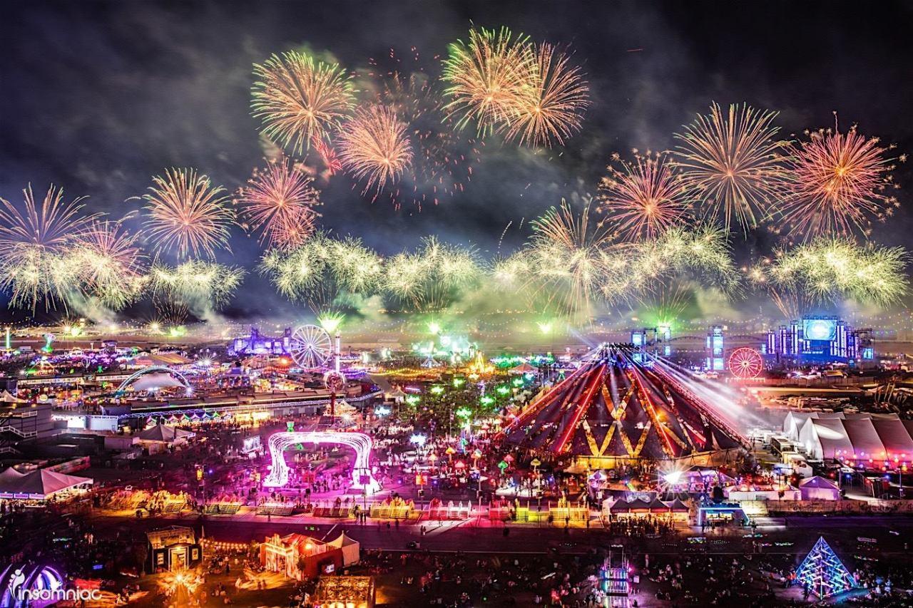 55 and over living in las vegas - Edc Las Vegas 2017 Live Stream Schedule Info
