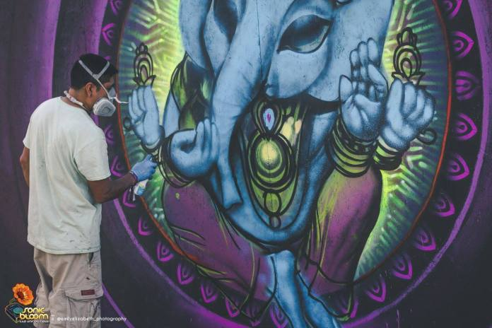 Sonic Bloom 2017 Live Painting