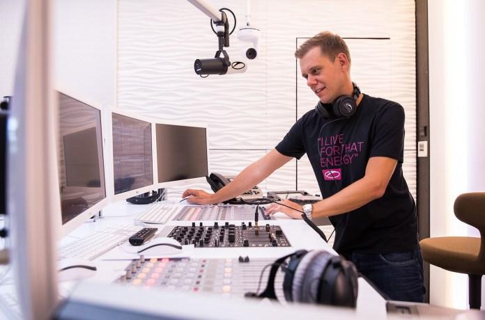 Armin van Buuren A State Of Trance Studio