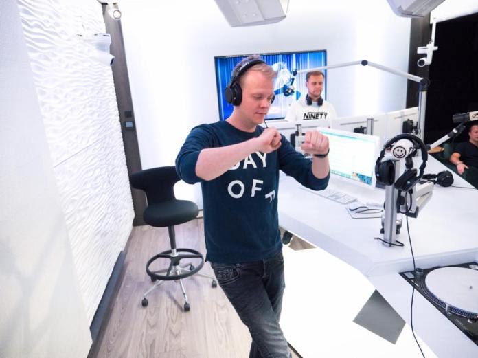 Ruben de Ronde Armin van Buuren ASOT Radio