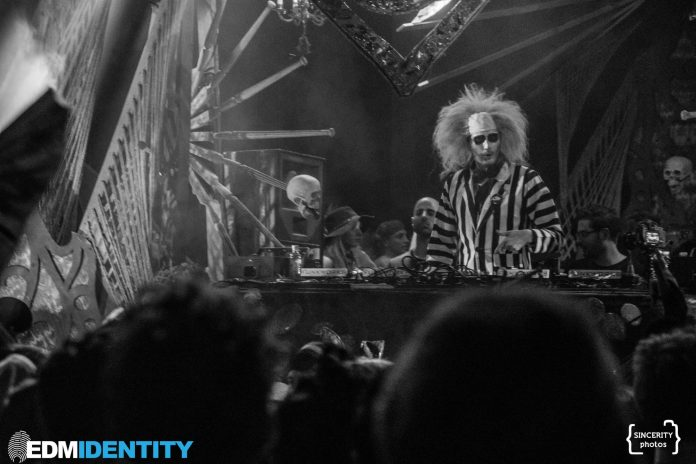Haunted Hearts 2018 Mikey Lion as Beetlejuice