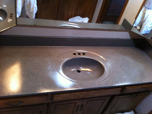 Edmond Bathtub Refinishing – Edmond, OK- Bathroom Vanity Refinishing