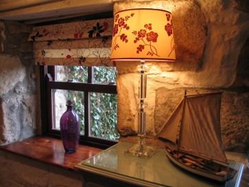 Broad window sill Pink room