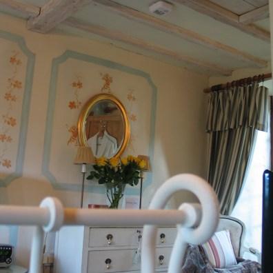 Double en sutie guest bedroom at Ednovean Farm