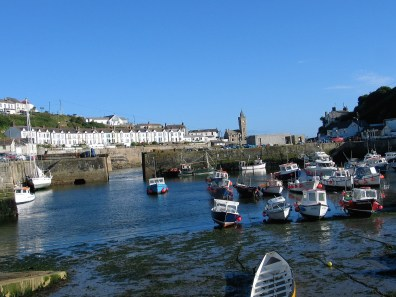 The retreating tide in porthleven harbouor