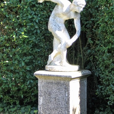 A statue of the discuss thrower in the Italian Garden