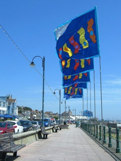 I could here the flags crackle as they flew int eh mid-day breeze on the promenade
