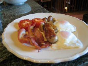 The day in a B&B starts with a full english breakfst