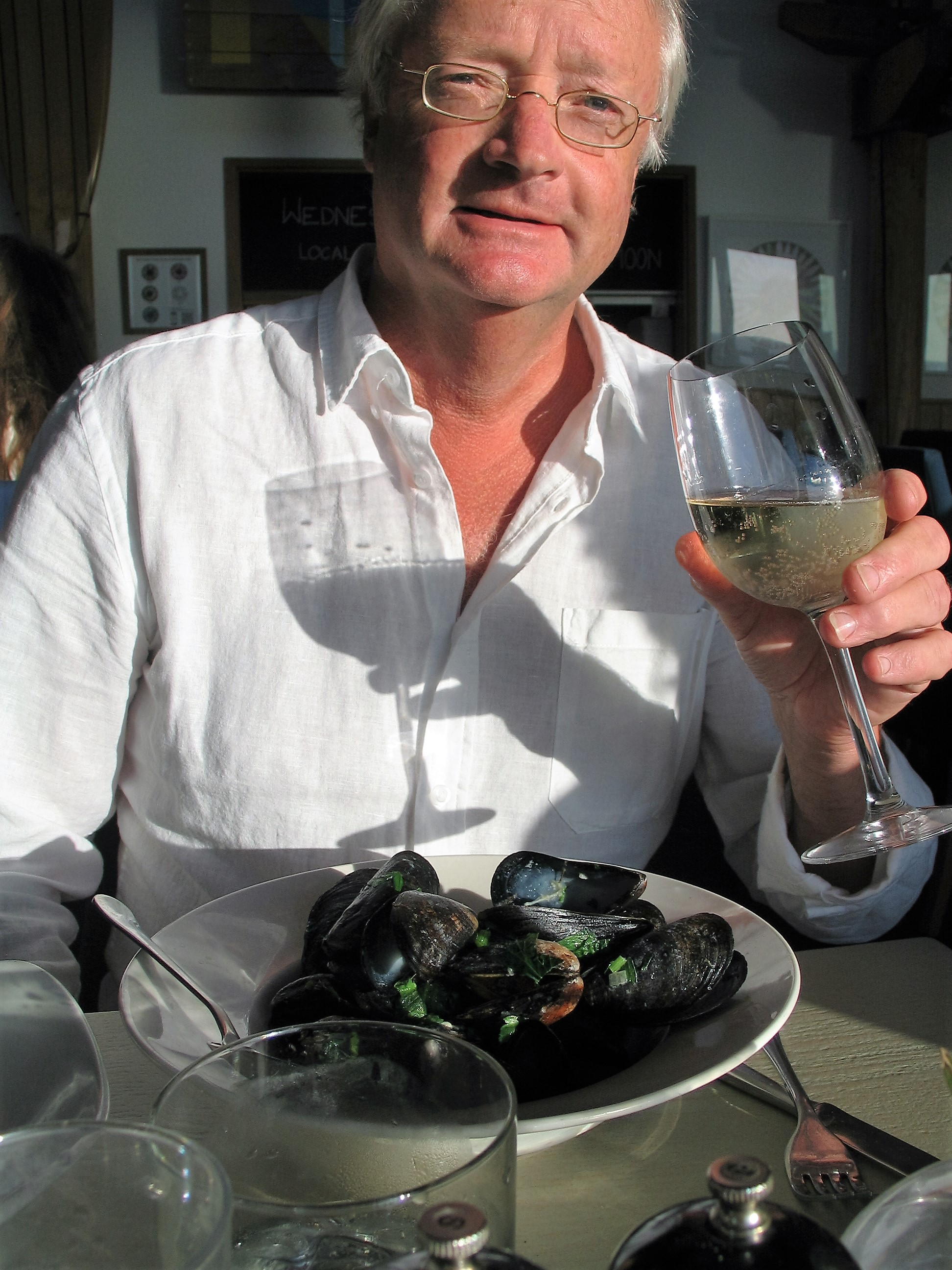 The mussels smelt heavenly mix of the sea and garlic