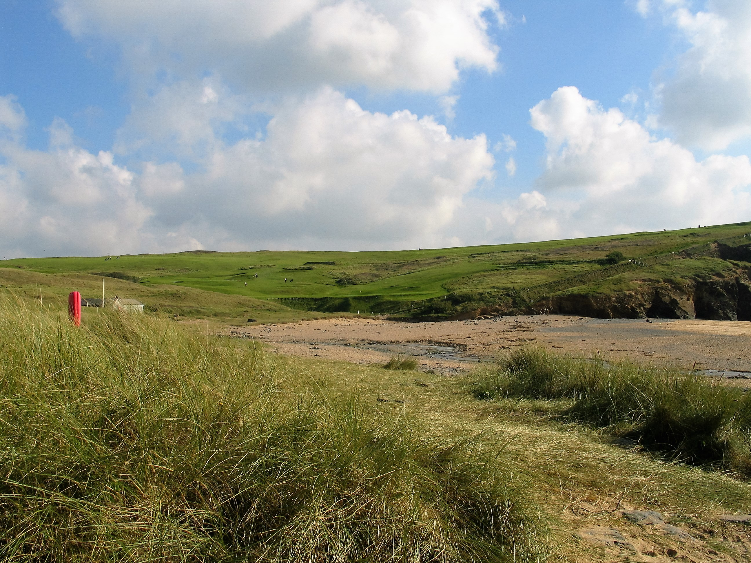 Golf course and dunes above Gunwalloe beach
