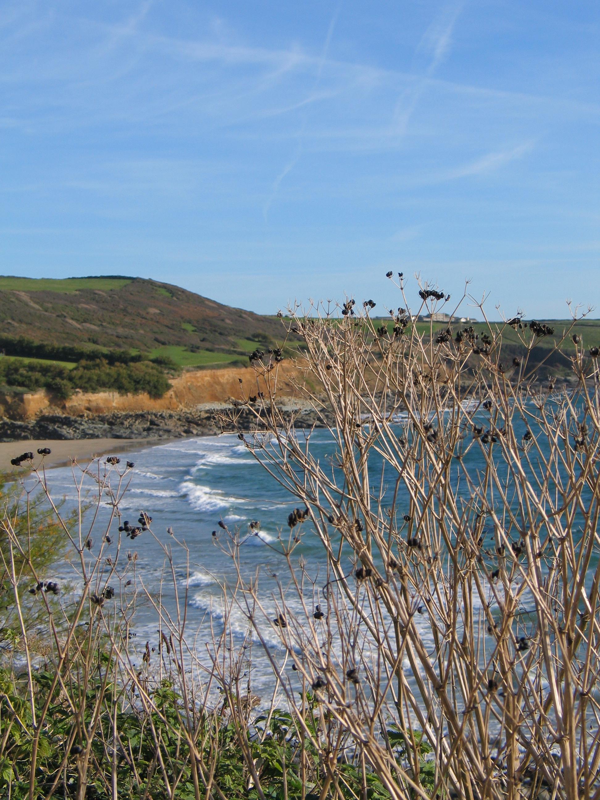 A glimpse of teh beach from the coastal footpath