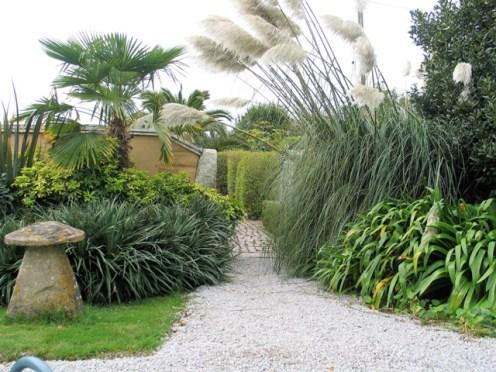 October's garden entrance