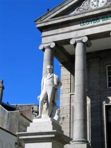 Statue of Humphrey Davey above Market Jew Street