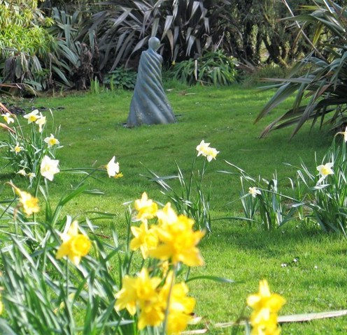 The spring equinox in the garden - spring flowers at Ednovean Farm