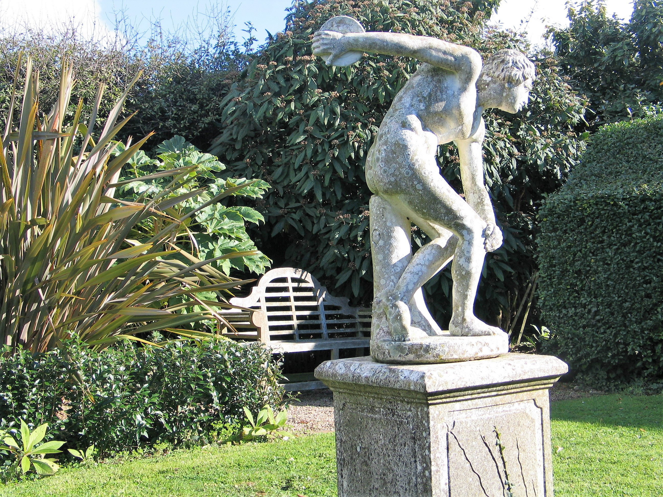 Statue of the Discus thrower