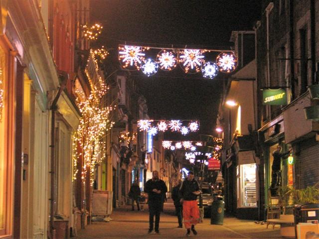 Christmas lighst - snowflakes garlanding causewayhead