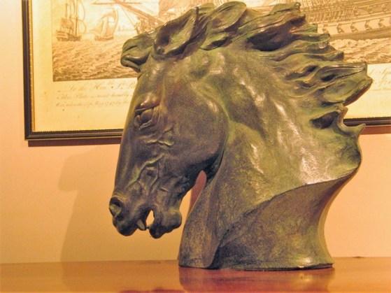 Sculpture of a horses head