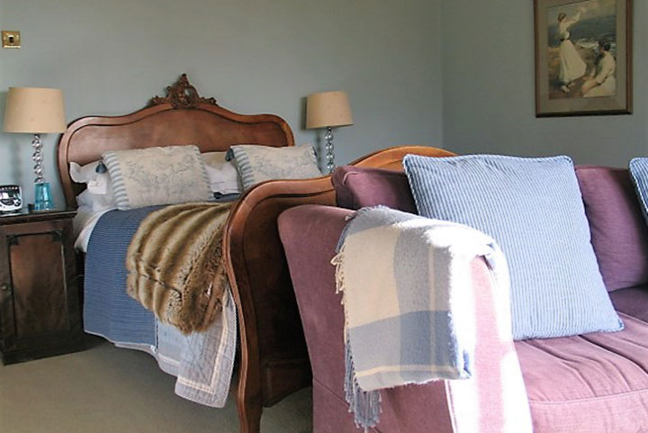 Luxury B&B near Penzance in The Blue Room